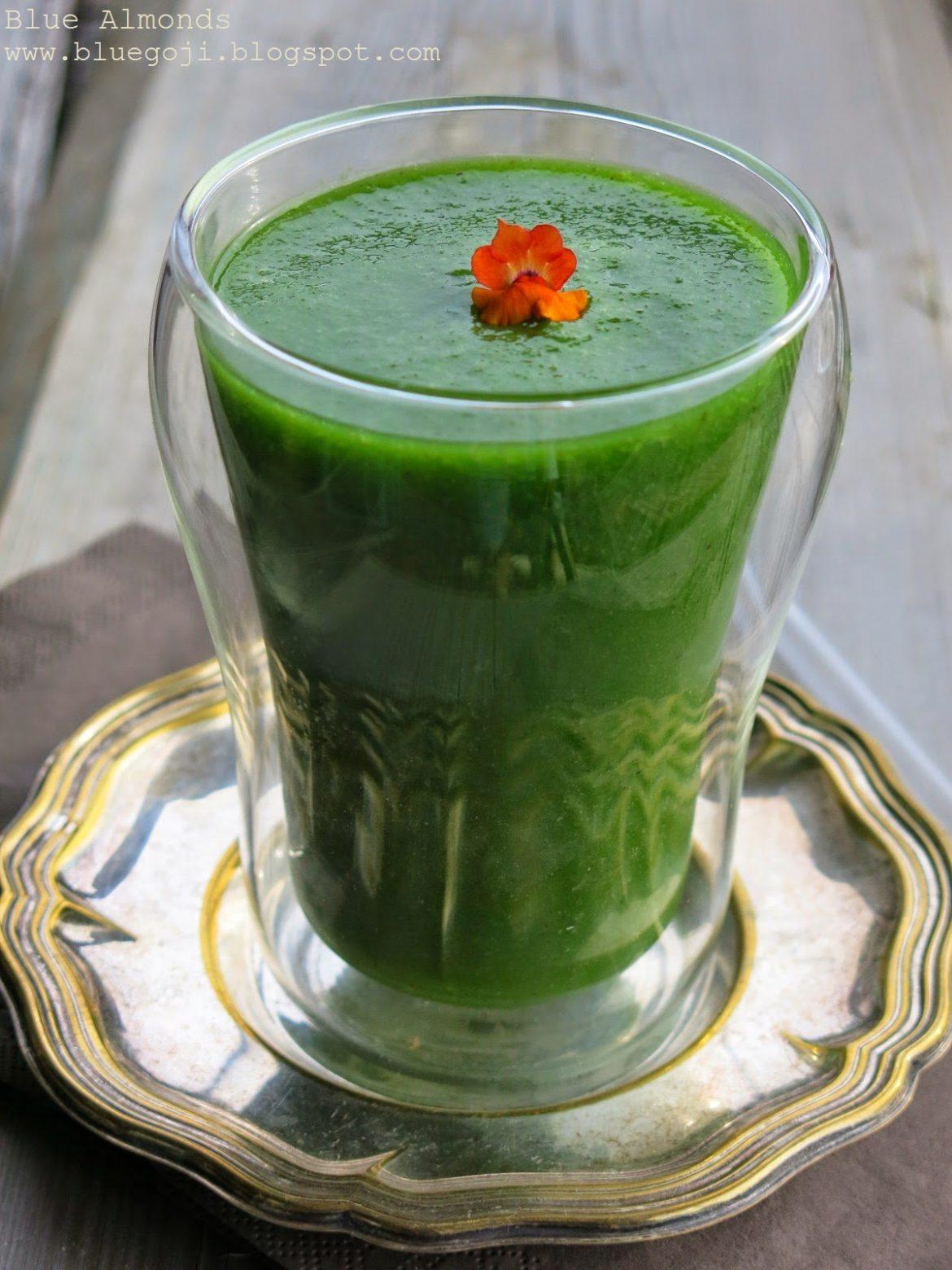Zielony Koktajl ze Szpinakiem i Jarmużem