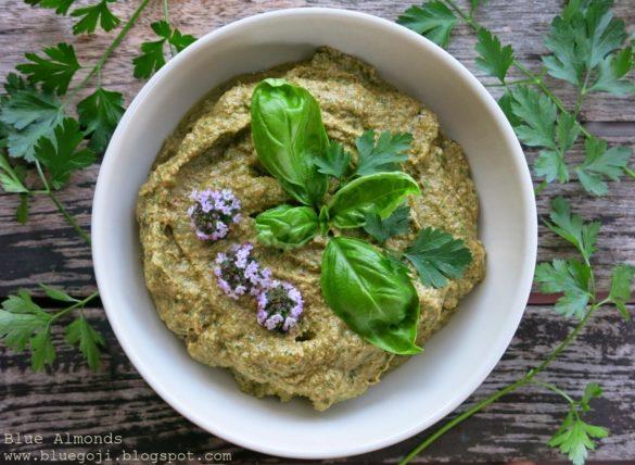 Pesto bazyliowo - pietruszkowe