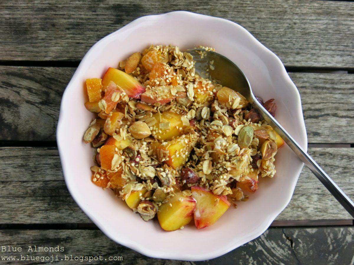 Granola Quinoa & Morela z pestkami dyni