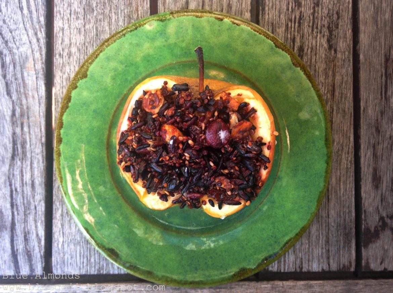 Jabłko nadziewane Czarnym Ryżem i Quinoa