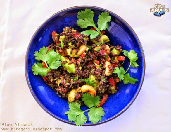 Sałatka Czarny Ryż i awokado przepisy wegańskie