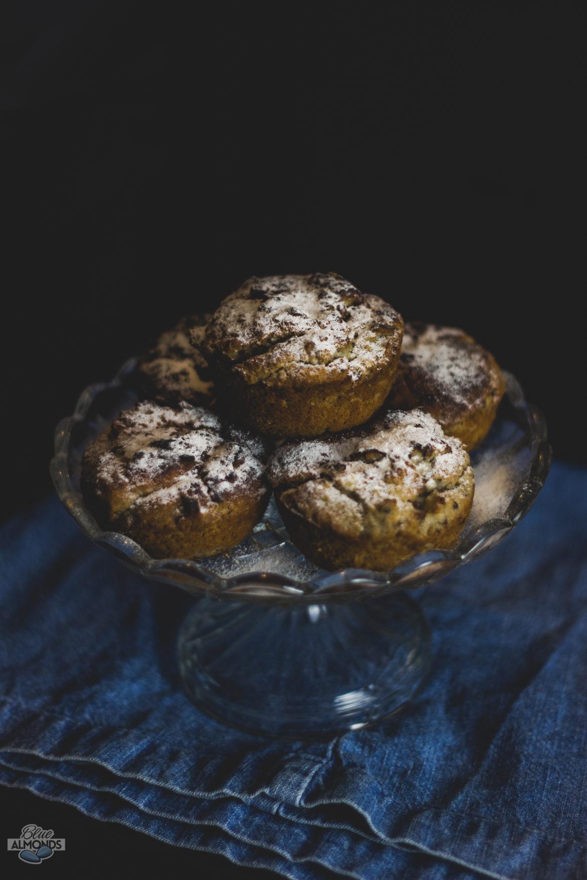 Wegańskie Muffiny z Białej Fasoli_Blue Almonds Niebieski Migdał