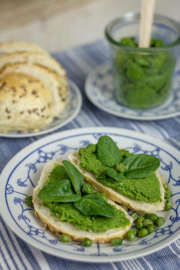 Pasta z zielonego groszku i szpinaku_Niebieski Migdał